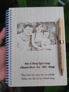 sổ tay bìa gỗ khắc laser